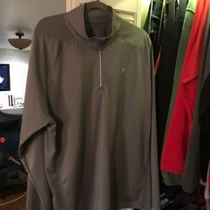 XXL old navy active zip pull over. Workout top